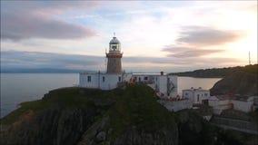 Faro de Baily Howth irlanda almacen de metraje de vídeo