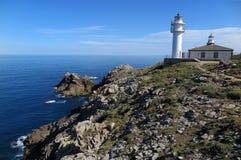 Faro de Cabo Touriñà ¡ n, GalÃcia Royaltyfria Foton
