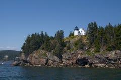 Faro de la isla de oso cerca del parque nacional del Acadia en Maine fotografía de archivo libre de regalías