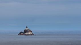 Faro de la roca de Tillamook Fotos de archivo libres de regalías