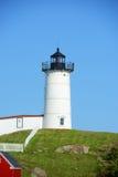 Faro de Neddick del cabo, pueblo viejo de York, Maine Fotos de archivo libres de regalías