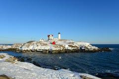 Faro de Neddick del cabo, pueblo viejo de York, Maine Imágenes de archivo libres de regalías