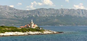 Faro de Sucuraj en la isla Hvar, Croacia imagen de archivo libre de regalías