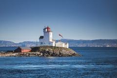 Faro de Tyrhaug Torre costera, Noruega Foto de archivo libre de regalías