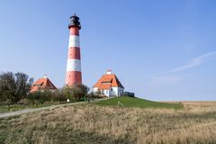 Faro de Westerheversand en Schleswig-Holstein, Alemania fotos de archivo libres de regalías