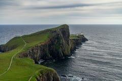 Faro del punto di Neist all'isola di Skye, altopiano scozzese Immagine Stock Libera da Diritti
