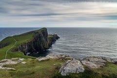 Faro del punto di Neist all'isola di Skye, altopiano scozzese Fotografia Stock Libera da Diritti