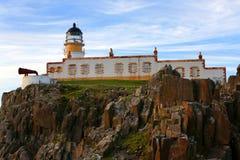 Faro del punto di Neist, isola di Skye, Scozia Immagini Stock Libere da Diritti
