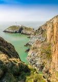 Faro del sur de la pila, Anglesey, País de Gales del norte Foto de archivo