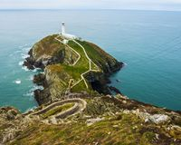 Faro del sur de la pila, Holyhead, Anglesey, País de Gales imagen de archivo