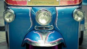 Faro del taxi delle ruote del tuk 3 del tuk immagini stock libere da diritti