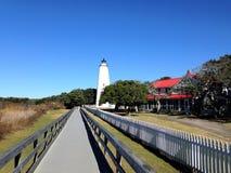 Faro dell'isola di Ocracoke sulle banche esterne fotografie stock libere da diritti