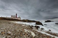 Faro di Cabo Raso, Cascais vicino a Lisbona nel Portogallo Fotografia Stock Libera da Diritti