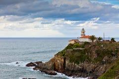 Faro di Cudillero, Asturie, Spagna del Nord Fotografia Stock Libera da Diritti