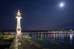 Faro di Ginevra alla notte Fotografia Stock
