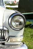 Faro di un'automobile d'annata fotografia stock