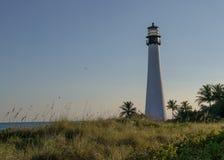 Faro durante il tramonto su Key Biscayne, Miami Florida fotografia stock