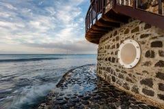 Faro e pavimentazione Fotografia Stock