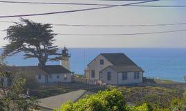 Faro en Big Sur Foto de archivo