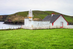 Faro en Co.Kerry - Irlanda de la cañada. Imagenes de archivo