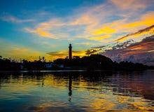 Faro en el amanecer… Fotografía de archivo