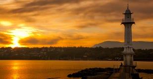Faro en el lago Ginebra Imágenes de archivo libres de regalías