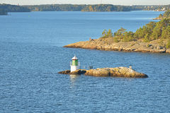 Faro en el mar Báltico imagen de archivo libre de regalías