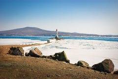 Faro en invierno Imagenes de archivo