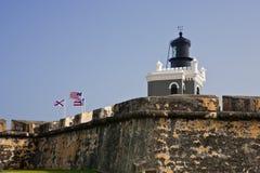 Faro en la fortaleza Morro en San Juan, Puerto Rico Imagen de archivo libre de regalías
