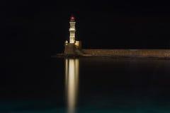 Faro en la noche Imágenes de archivo libres de regalías