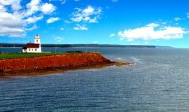 Faro en las maderas isla, Isla del Principe Eduardo, foto de archivo libre de regalías