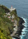 Faro en un acantilado San Miguel Azores Fotografía de archivo libre de regalías