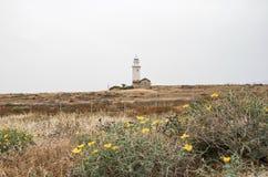 Faro en una colina Imagenes de archivo