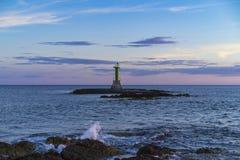 Faro hermoso en el mar adriático en Croacia Europa Fotografía de archivo libre de regalías