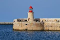 Faro hermoso en La Valeta - Malta fotografía de archivo libre de regalías