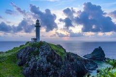 Faro imponente en la isla del paraíso Imagen de archivo libre de regalías