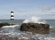 Faro País de Gales de Penmon Imagen de archivo libre de regalías