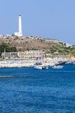 Faro Piccolo porto di Santa Maria di Leuca, Italia del sud Fotografia Stock