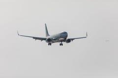 FARO, PORTUGAL - Juny 18, 2017 : atterrissage d'avion de vols de transavia sur l'aéroport international de Faro Images stock