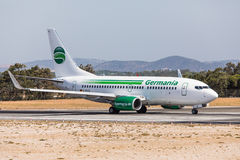 FARO, PORTUGAL - Juny 18, 2017 : Départ d'avion de vols de Germania à l'aéroport international de Faro Photos stock