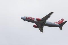 FARO, PORTUGAL - Juny 24, 2017 : départ d'avion des vols jet2 à l'aéroport international de Faro Photos stock