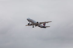 FARO, PORTUGAL - Juny 24, 2017: Vuelos de las líneas aéreas de Bruselas aero- Fotos de archivo libres de regalías