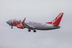 FARO PORTUGALIA, Juny, - 24, 2017: Jet2 lotów samolotu departur Zdjęcie Stock