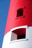 Faro rojo y blanco principal en Portland cerca de Weymouth en Dorse Foto de archivo libre de regalías