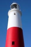 Faro rojo y blanco principal en Portland cerca de Weymouth en Dorse Fotos de archivo libres de regalías