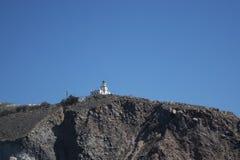Faro su una scogliera Fotografie Stock Libere da Diritti