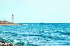 Faro sul litorale Immagini Stock Libere da Diritti