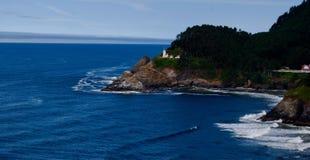 Faro sulla costa dell'Oregon immagini stock libere da diritti