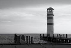 Faro in un lago Fotografie Stock Libere da Diritti