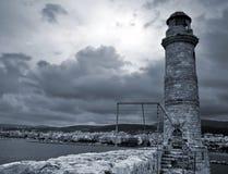 Faro veneciano viejo en la isla de Crete imagen de archivo libre de regalías